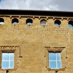 Vista de la part posterior del castell amb les dues torres